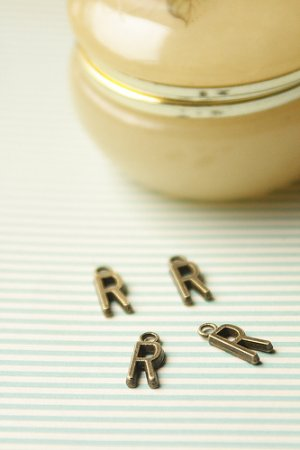 Photo1: SALE - Antique Style Bronze Charms - Alphabet R