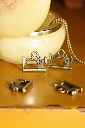 Photo1: SALE - Antique Style Bronze Charms - Little Sewing Machine