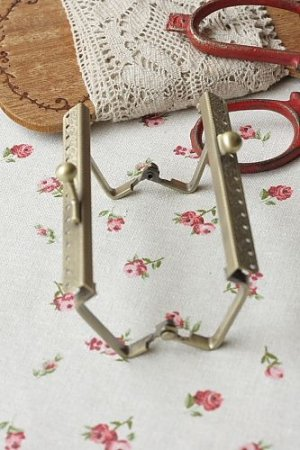 "Photo3: Antique Brass Purse Frame with Hoops - 5.5cm x 8.5cm (2.1DIY Purse Frame"" x 3.3""DIY Purse Frame"")"""