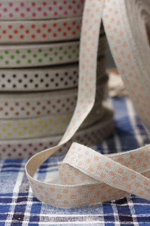 Photo1: Cotton Linen Blended Ribbon - Polka Dots (1.5cm x 1 yard)
