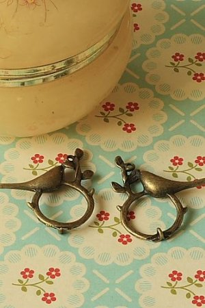 Photo1: SALE-Antique Style Bronze Charms - Bird On Ring