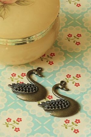 Photo1: SALE- Antique Style Bronze Charms - Swan