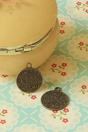 Photo1: SALE - Antique Style Bronze Charms - Little Flower Plate (Double Sides)