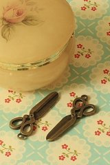 SALE - Antique Style Bronze Charms - Simple Scissors