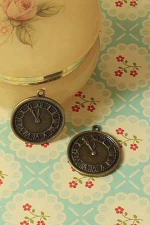 Photo1: SALE-Antique Style Bronze Charms - Round Clock