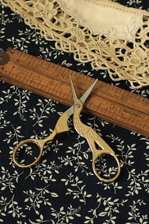 Photo2: Antique Style Scissors - E gold