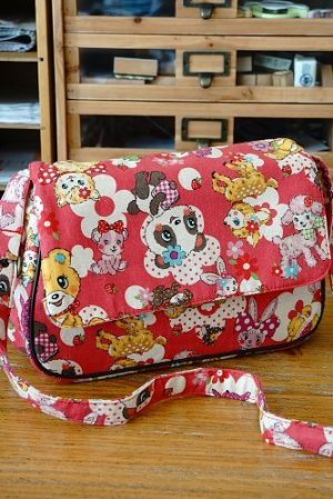 Photo2: Kawaii Cute Handmade Messenger Bag by Kawaii Japanese Kokka Fabric