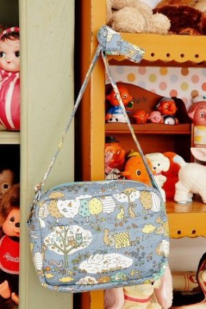 Photo2: Kawaii Japanese Cute Handmade Japanese Kokka Fabric Shoulder Outdoor Women Bag - Forest