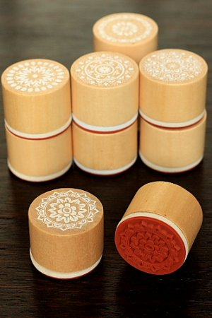 Photo1: Retro Round Lace Pattern Wooden Rubber Stamp