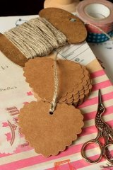 Kraft paper custom tags gift tags product tags Handmade tags DIY tags - Hearts scallop shape