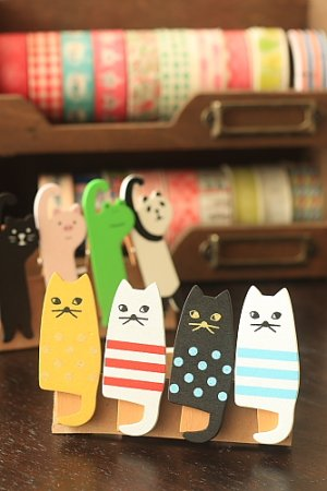 Photo1: Kawaii Wooden Clip - Little Cats