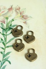 SALE-Lovely Alloy Accessory Charm - lock