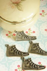 SALE-Antique Style Bronze Charms - All Star Sneaker