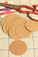 Kraft paper custom tags gift tags product tags Handmade tags DIY tags - Round