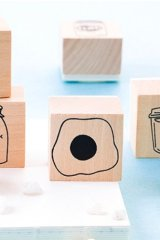 Lovely Wooden Rubber Stamp - Salt - Fried Egg