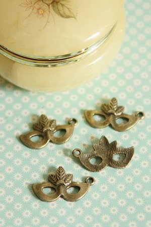 Photo1: SALE-Antique Style Masquerade Bronze Charms - Little Mask