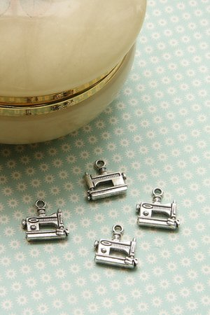 Photo1: SALE-Antique Style Bronze Charms - Sewing Machine Silver Color