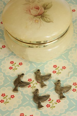Photo1: SALE - Antique Style Bronze Charms - Lovely Little Birds