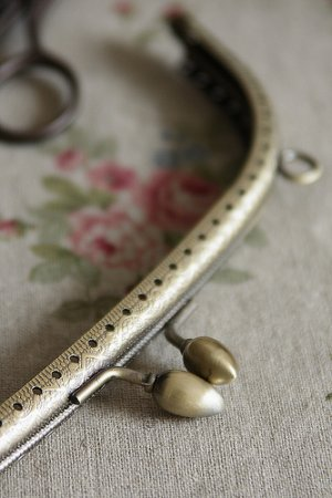 "Photo2: Antique Brass Purse Frame Teardrop Clasp with Hoops - 7.5cm x 20cm (2.8DIY Purse Frame"" x 8""DIY Purse Frame"")"""
