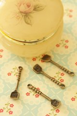 SALE-Antique Style Bronze Charms - Shovel Love