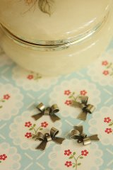Antique Style Bronze Charms - Mini Bows