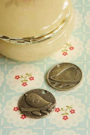 Photo1: SALE - Antique Style Bronze Charms - Round Plate One Bird