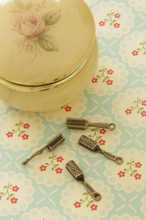Photo1: SALE-Antique Style Bronze Charms - Little Brush